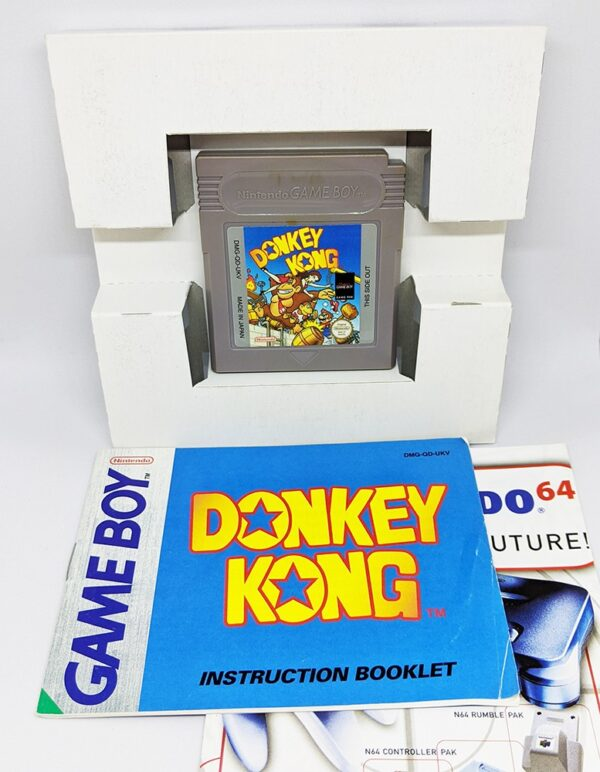 Donkey Kong Game Boy includes