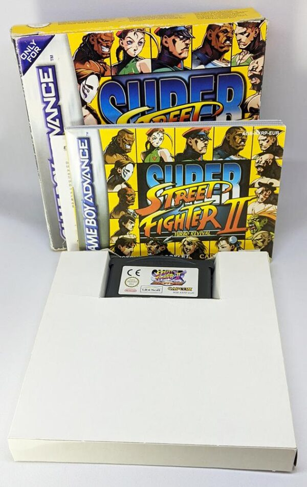 Super Street Fighter 2 GBA Insides