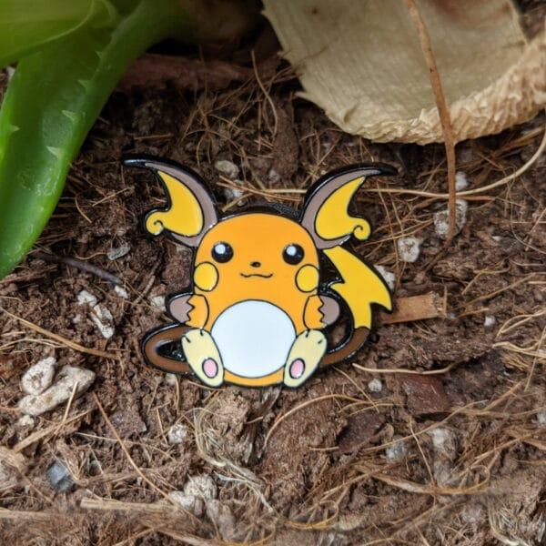 Raichu Pokémon Pin